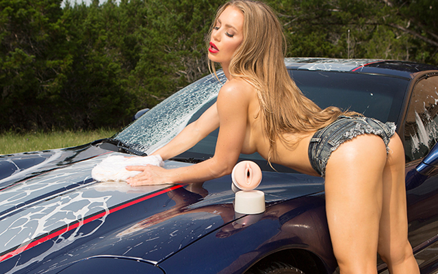 Nicole Aniston joins the Fleshlight family